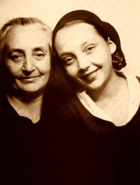Marguerite Duras and her mother.