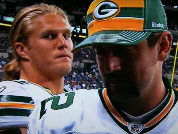 Gotta love Clay Matthews worming his way into Aaron Rodgers interview :)