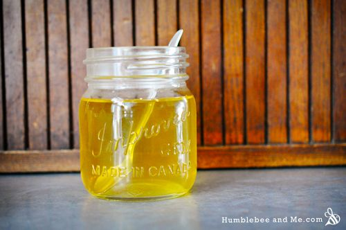 Honey, Lemon, and Chamomile Hair Rinse - Humblebee & Me (Ooops, almost pinned under Food and Drink--better go get some tea.)