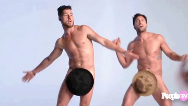 'Dancing With the Stars': Maks and Val Chmerkovskiy strip down for a revealing interview — VIDEO | EW.com