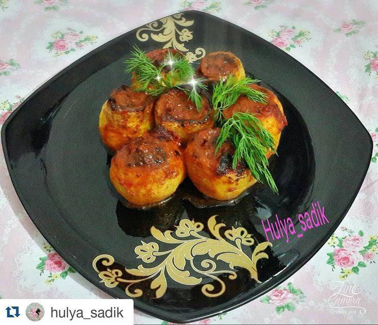 En güzel mutfak paylaşımları için kanalımıza abone olunuz. http://www.kadinika.com #Repost @hulya_sadik with @repostapp  Patates dolması... patates oyulur kızartılir içine kıyma soğan baharat maydanoz lu harç konur Salçalı şu sos yapılır firina verilir#sunumönemlidir #sunumduragi #sunum#enguzel_sunumlar#enfes_lezzetler#anayemekler#mutfakbecerileriniz#lezzetlisunumlar #lezzetimsahane #yemekzamanı #yemekaşki #mutfakgram #hayatimmutfak #sunumönemlidir #sahanelezzetler#instagram #firin #kesfet…
