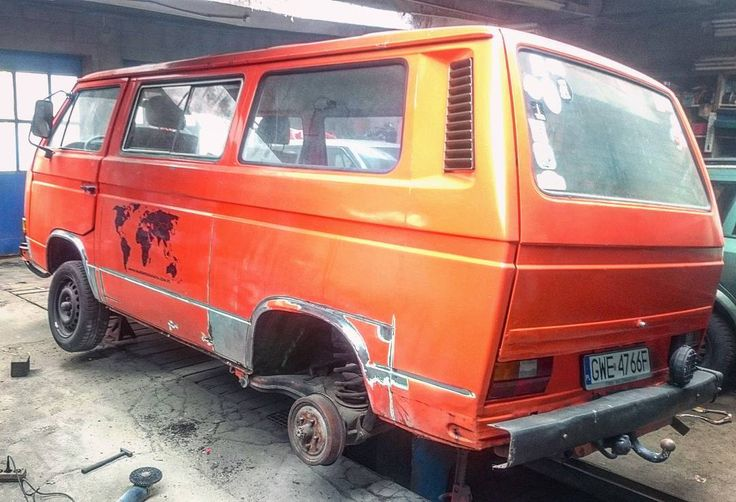 🌴 🍹 🌍🚆 facebook.com/t3ciastek  #Ciastek#1980r#repair#classy#garage#vw#vwt3#blacharz#trip#bus#world#europe#map#Orange#youngtimer#Old#ins#lovelife#smile#hawaii#on#pl#dream#no#rust#spa#t3#car#Yes#lifeisbeautiful