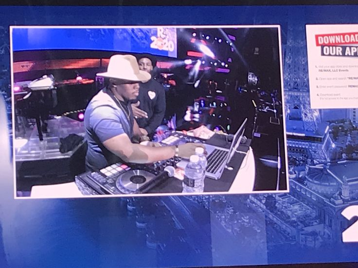 DJ Twitch spinning it. Journey coming up next! RE/MAX R4