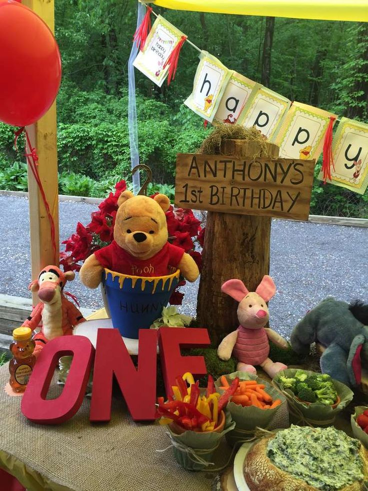 Winnie the Pooh birthday party! See more party ideas at CatchMyParty.com!