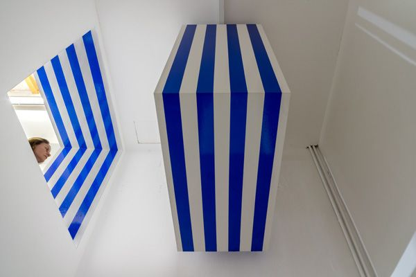 DANIEL BUREN, Photo-souvenir: 'Il muro tagliato e proiettato'  2015, work in situ, blue matt adhesive vinyl on wood, ambient size; Galleria Continua / San Gimignano, February 2015. Photo by: Ela Bialkowska