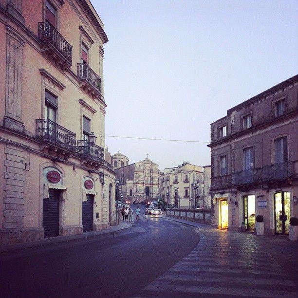 Le strade di Caltagirone...