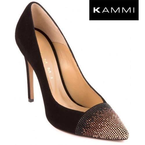 #Kammi #Decollete con #strass in punta --> http://www.kammi.it/scarpe-donna-autunno-inverno/scarpe-con-tacco/decollete/decollet%C3%A9-con-applicazioni-idp137.html   Decolleté in pelle scamosciata con applicazioni strass in punta  #MyKammi #KammiShoes #BikerKammi #Shoes #Loveshoes #Myshoes #Scarpe #scarpedonna #fashion #style #moda