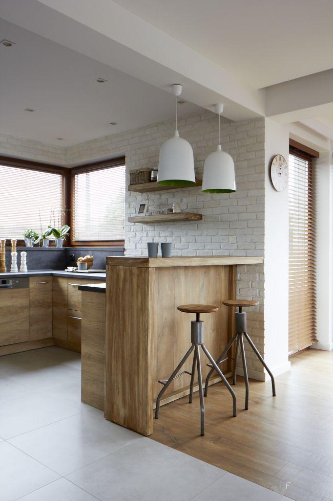 białe cegły w kuchni