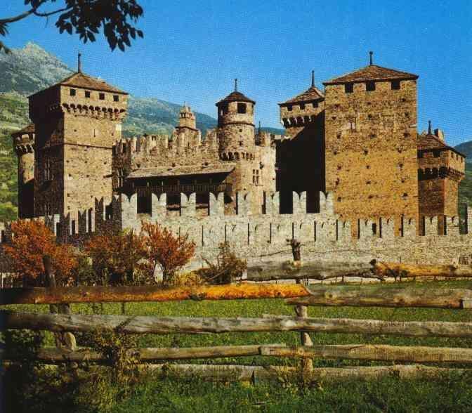 Fenis, Castle - Val d'Aosta