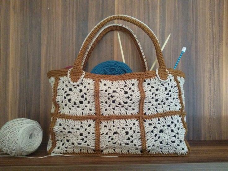 Granny squares crochet hand bag.