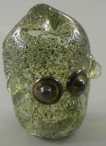 Benny Motzfeldt Art Glass Alien Head Paperweight Randsfjordglass Norway http://cgi.ebay.com/ws/eBayISAPI.dll?ViewItem=370603053598=ADME:L:LCA:US:1123#ht_3562wt_754