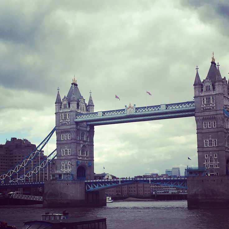 London bridge is falling down, and oh so pretty with its blue accents!