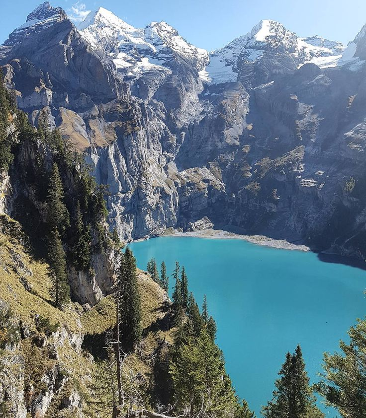 Blüemlisalphorn Oeschinensee and some moodiness. Have you been there?