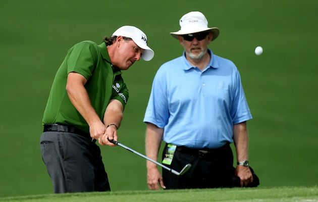 Dave Pelz looks on as Phil Mickelson practices for the Masters in '08