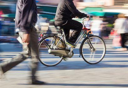 En ville en vélo: Être visible et prévisible