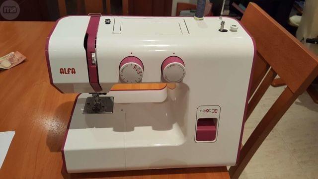 MIL ANUNCIOS.COM - Maquina coser alfa next. Casa y Jardín maquina coser alfa next