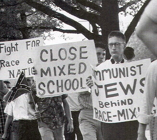 Pro segregation protest in Montgomery, Alabama (1961) This ...