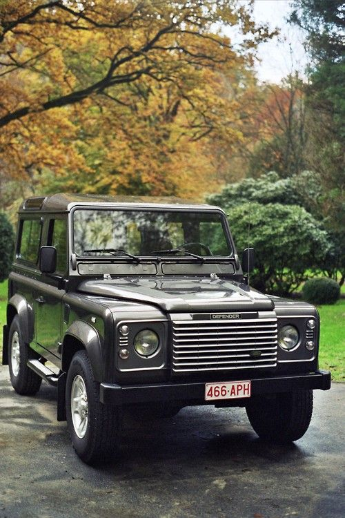 Get in my driveway. Range Rover Defender New Hip Hop Beats Uploaded EVERY SINGLE DAY http://www.kidDyno.com