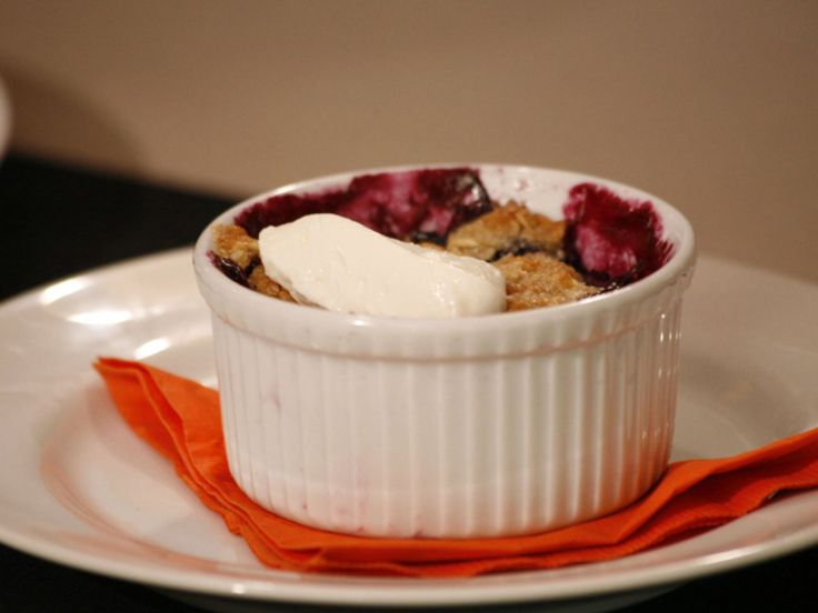 Get this all-star, easy-to-follow Blueberry-Nectarine Crisp recipe from Anne Burrell