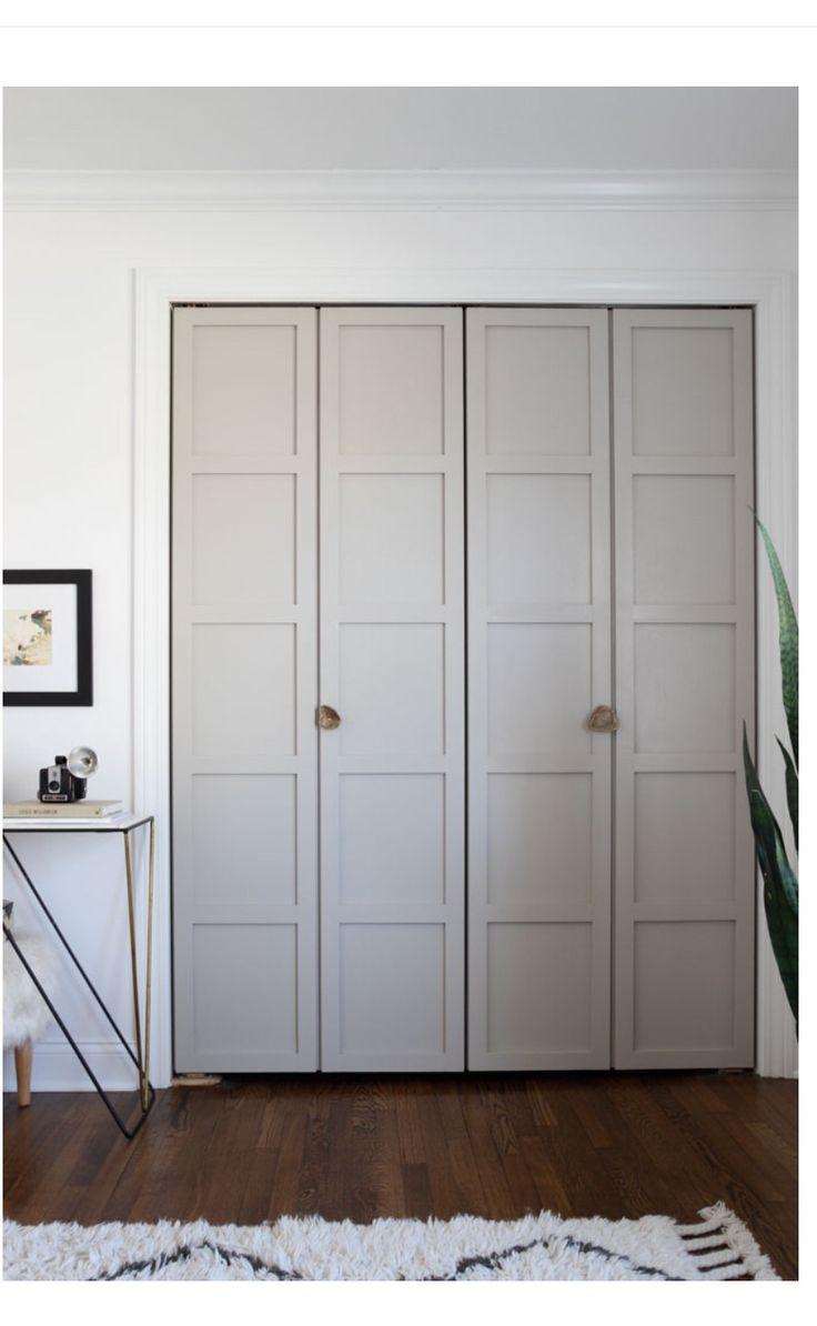 interior door color, casing of door will be white