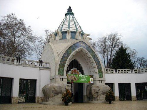 Fővárosi Állat- és Növénykert főbejárata