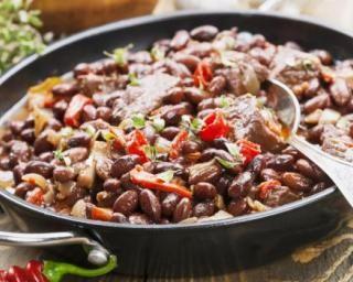 Poêlée minceur de haricots rouges au bœuf : http://www.fourchette-et-bikini.fr/recettes/recettes-minceur/poelee-minceur-de-haricots-rouges-au-boeuf.html