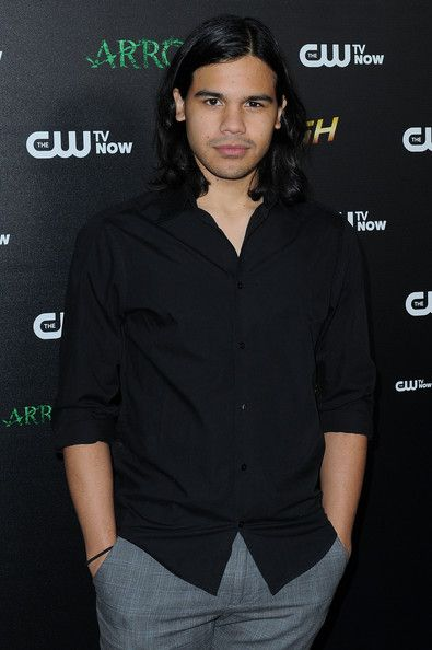 Carlos Valdes at the Los Angeles screening of The Flash Vs. Arrow Crossover Episodes
