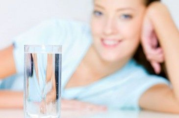 Можно ли похудеть, если пить много воды - как сбросить вес с помощью жидкости