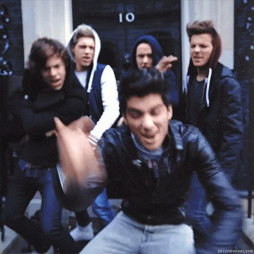 BEST GIF EVER watch it with just liam then niall then harry then zayn the louis then watch it together 1000 more times