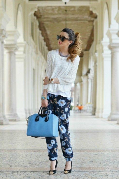 outfit pantaloni a fiori fashion blog outfit primaverile