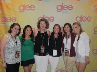 Backstage with the cast of GLEE!