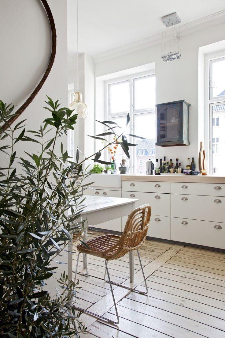 The 25+ best Danish apartment ideas on Pinterest | Scandinavian ...