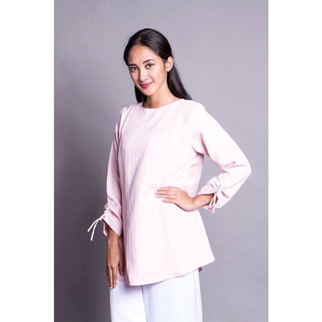 Saya menjual Baju Menyusui Hijab Amadea Pink seharga Rp245.000. Dapatkan produk ini hanya di Shopee! http://shopee.co.id/amandacallista/12025848 #ShopeeID