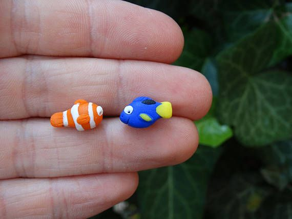 Dory andd Nemo from finding nemo in fimo polymer clay earrings #affiliate