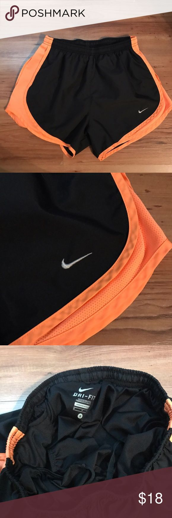 Nike Tempo Running Shorts DriFit Linned Black Nike Tempo running shorts in a size small. Black with neon orange accents. Shorts are lined. ❣️ REASONABLE offers are accepted! Nike Shorts