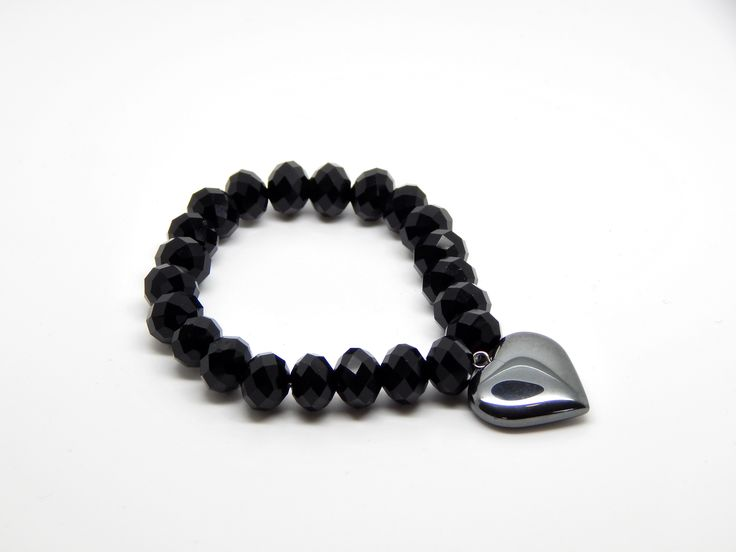 Faceted bead stretch bracelet with hematite heart charm one-off design! $9.99AUD