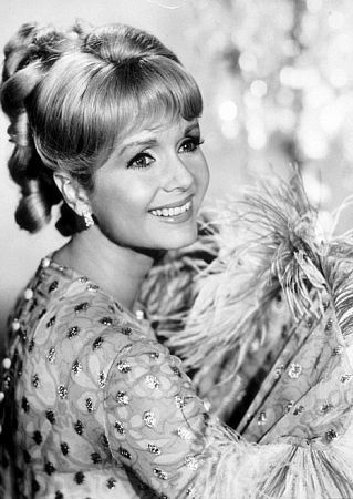 "Debbie Reynolds, (1953) Born: Mary Frances Reynolds  April 1, 1932 in El Paso, Texas, USA Height: 5' 2"" (1.57 m)"