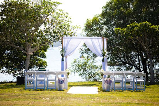 Olivia and Tim's Relaxed Noosa Wedding