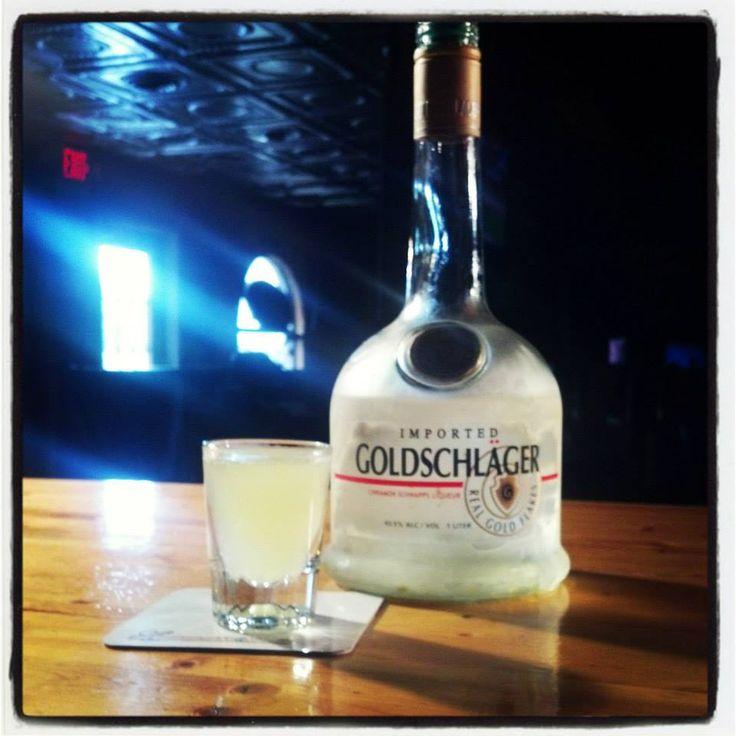 The Applesauce Shot! #applesauce #drinkrecipes #shots #goldschlager  For more visit www.bartendingschool4free.com