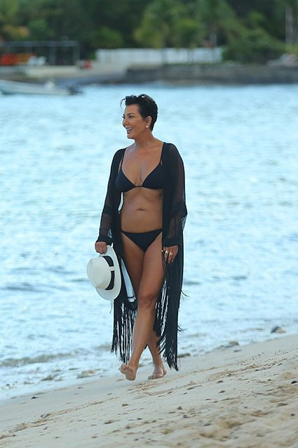Kris Jenner, 59, Shows Off Bikini Bod - she looks great at any age -