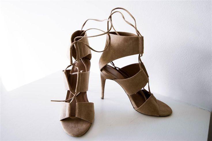 Beiga klackskor med snörning, strl 39 på Tradera.com - Högklackade skor