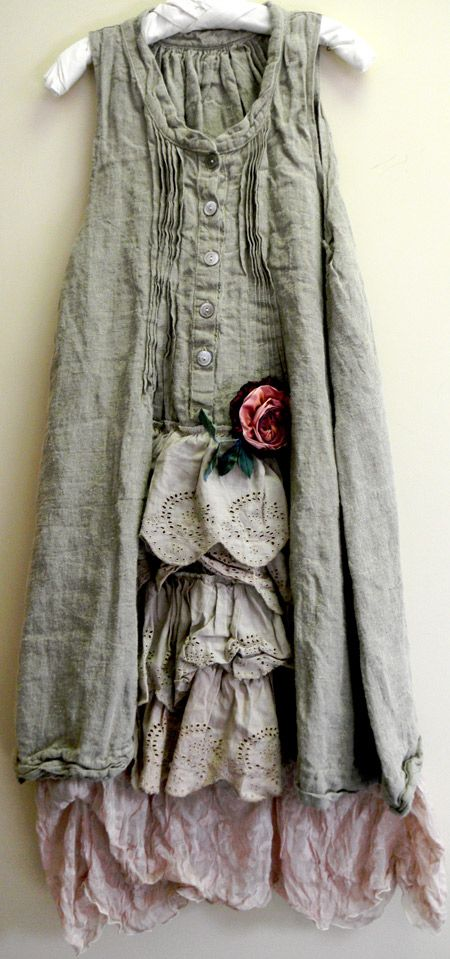 Kati Koos ~ November 2012 Newsletter - the stitching at the top of the dress (front and back)