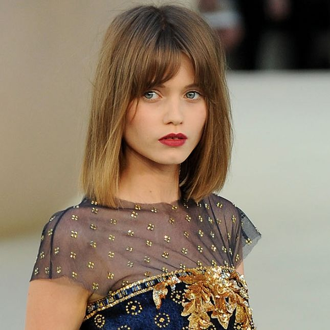 Ultra Basic Baby Bob: A little more blunt than Taylor Swift's hair, supermodel Abbey Lee Kershaw's version of the bob is slightly sleeker, with clean-cut, straight bangs.