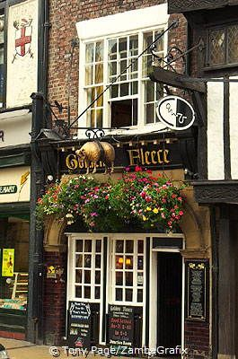 The Golden Fleece Pub, the most haunted pub in York, England