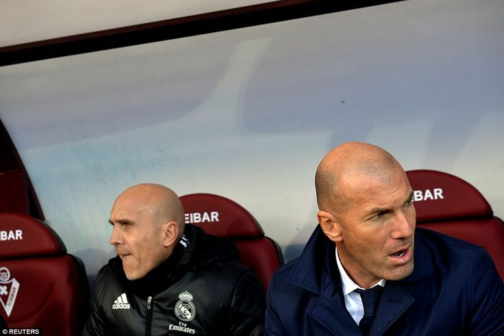 Real Madrid manager Zinedine Zidane watches on as his side made a blistering start at Eibar'sIpurua stadium