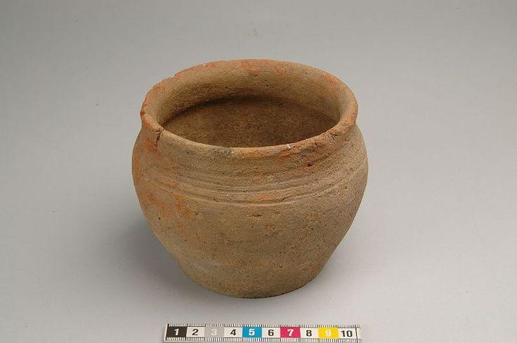 Kringla - kärl av keramik