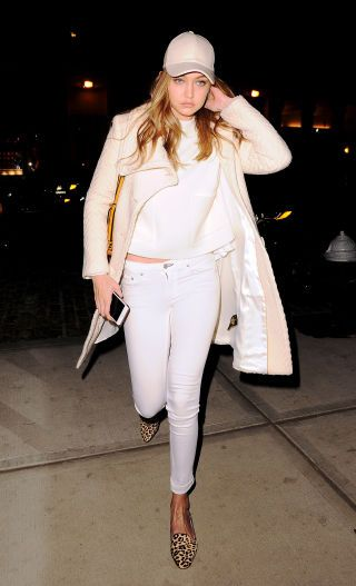 91 celebrity outfit ideas to try this summer: Gigi Hadid