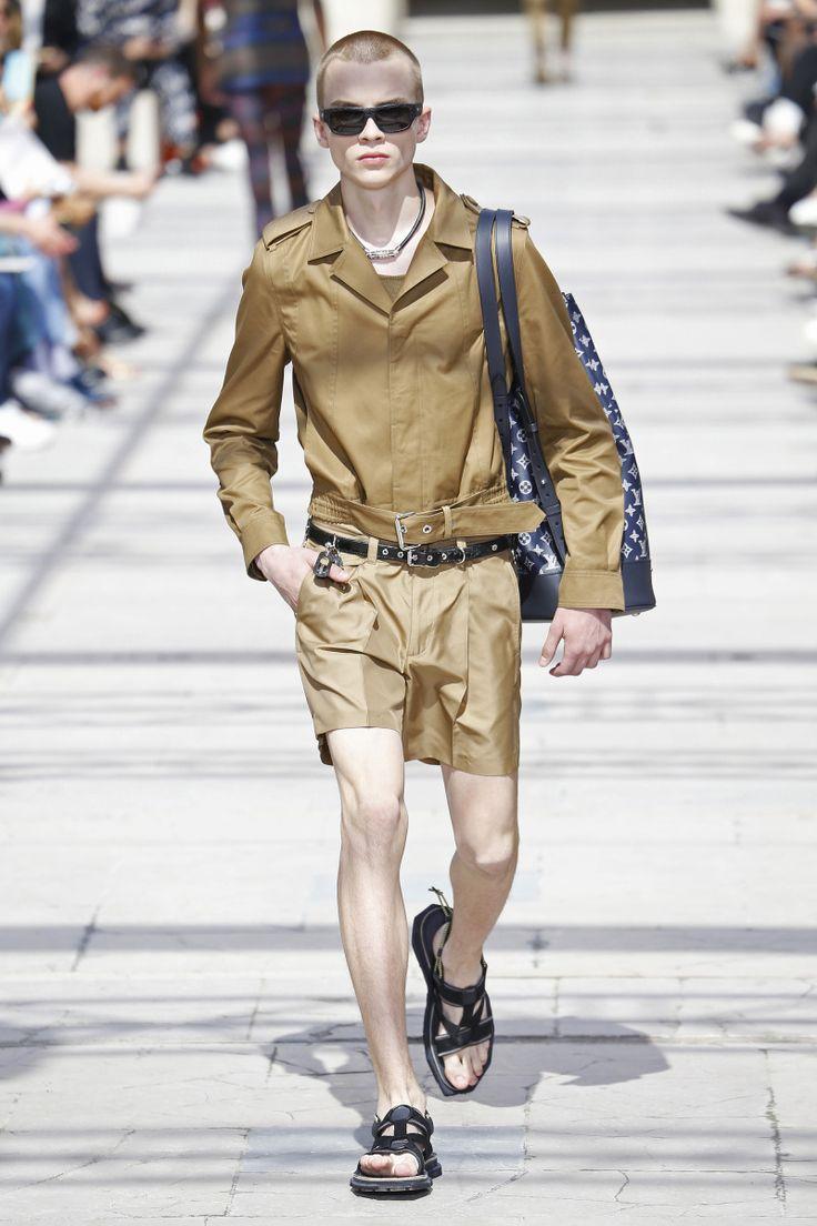 Louis Vuitton   Menswear - Spring 2017   Look 28