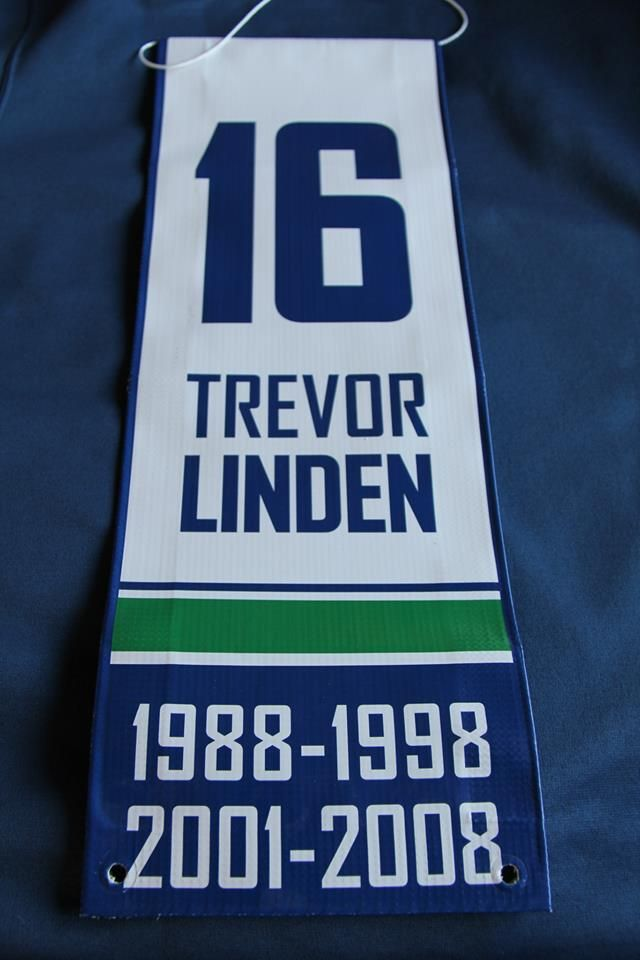 Trevor Linden Vancouver Canucks Retirement Banner