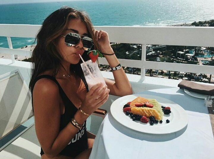"Madison Beer via Instagram ""morning world ""  (January 3rd, 2017) #Madisonbeer"